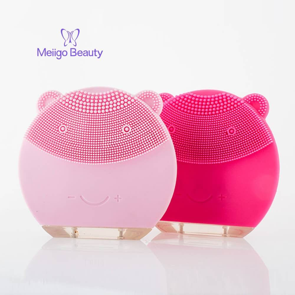 Meiigo beauty bear shape silicone face brush BR 004 11 - Silicone face cleanser and massager brush for skin cleaning and massaging BR-004