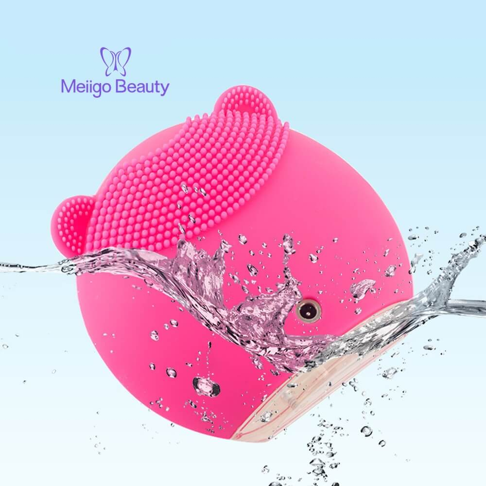 Meiigo beauty bear shape silicone face brush BR 004 7 - Silicone face cleanser and massager brush for skin cleaning and massaging BR-004