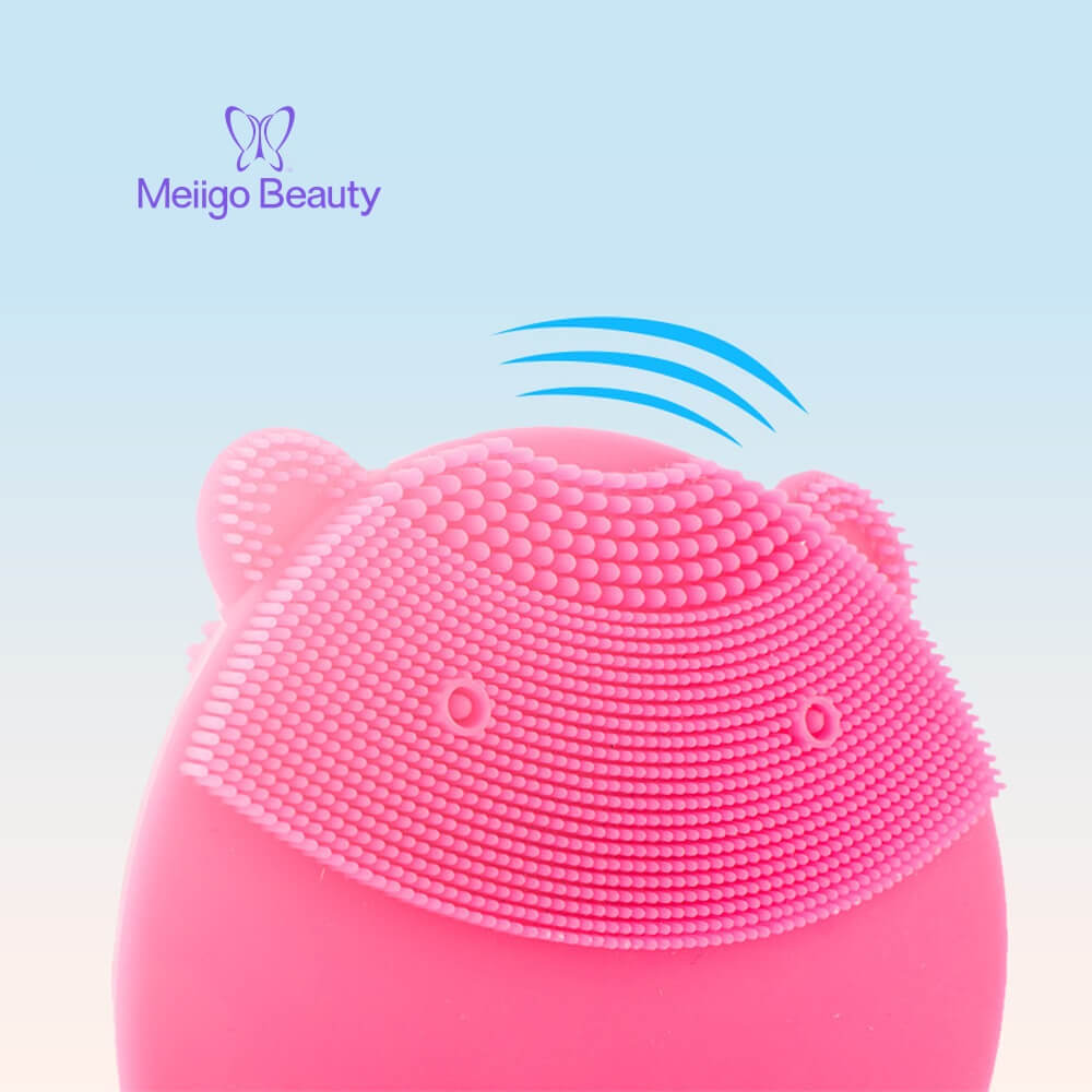 Meiigo beauty bear shape silicone face brush BR 004 8 - Silicone face cleanser and massager brush for skin cleaning and massaging BR-004